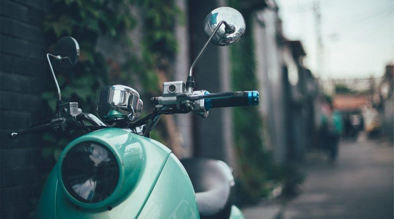 Quels sont les équipements indispensables pour la moto ?